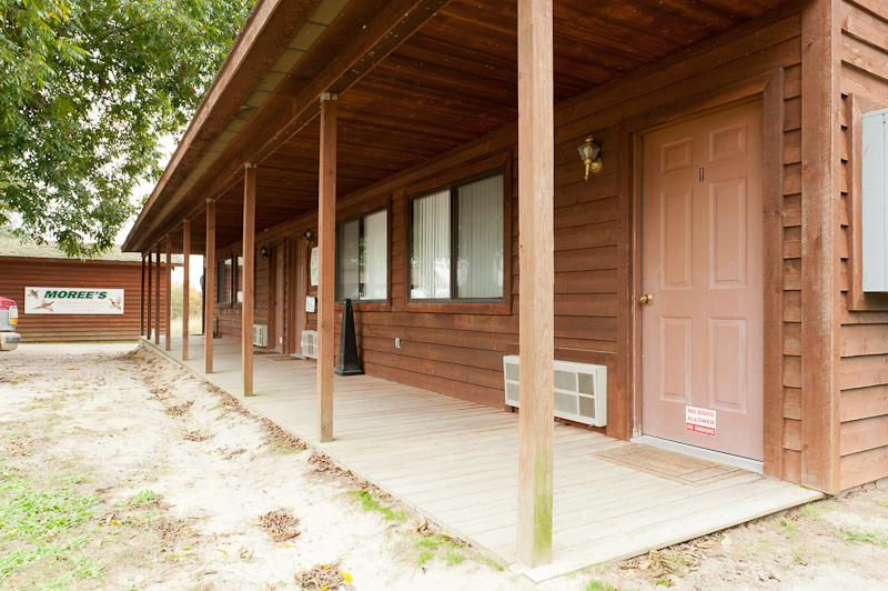 Moree's Sportsman's Preserve Bunkhouse