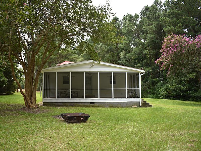 Moree's Sportsman's Preserve Wilderness Lodge